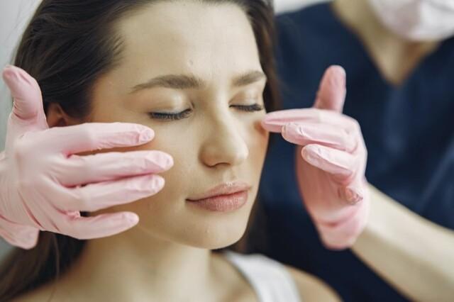dermatólogo en la piel